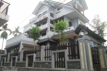 Bán biệt thự sân vườn HXH Hoàng Hoa Thám + Phan Đăng Lưu, P7, BT diện tích 310m2 chỉ 75tr/m2