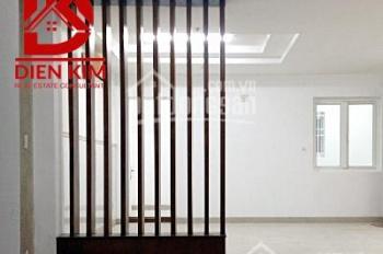 Cho thuê nhà đường Hoàng Hoa Thám, quận Bình Thạnh, diện tích 8x16m, 1 trệt 3 lầu