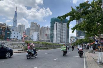 Hot mặt tiền Nguyễn Hữu Cảnh, DT 4.81x28m nở hậu 6m, cấp 4, cách Q1 800m. Giá chỉ 240tr/m2