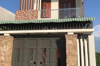 Cho thuê nhà nguyên căn đường Lư Giang, 2 tầng, giá thuê 8tr/ tháng, gồm 3 phòng ngủ