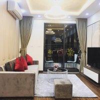 Bán căn hộ 3PN full nội thất 102m2, giá 2,9 tỷ tại Green Stars, hướng Đông Nam, view đẹp thoáng mát
