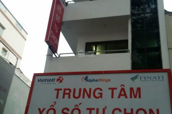 Bán gấp nhà 2MT đường Phạm Văn Hai P. 3, Q. Tân Bình, DT: 65m2, nhà 3 tầng, giá chỉ hơn 8 tỷ