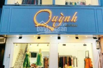 Cho thuê cửa hàng mặt phố Nguyễn Hữu Huân, 40m2 x 2T, MT 4.2m, giá 45tr/th. LH Hiếu 0974739378