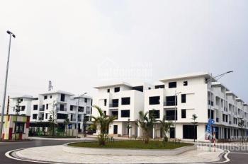 Bán nhà 4 tầng cạnh chợ trung tâm (mới) TP Việt Trì, dân cư sầm uất, thuận tiện kinh doanh buôn bán