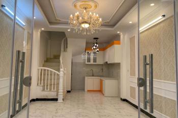 Cần bán nhà ngõ 296 Lĩnh Nam, Hoàng Mai, Hà Nội 35m2*5 tầng, 2,6 tỷ có giảm, LH: 0962552279