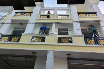 Nhà mới xây 3 lầu đường 38, Hiệp Bình Chánh, Thủ Đức, gần Phạm Văn Đồng