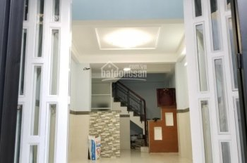 Cho thuê nhà 3 phòng ngủ Quận 4, LH 0907936282