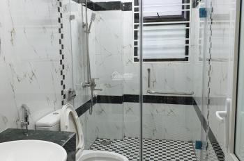 Bán nhà mới 4 tầng DT: 33m2, full nội thất vị trí đắc địa ở TT quận Hoàng Mai, giá 1.750 tỷ