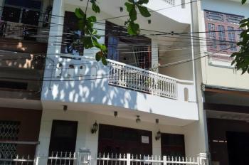 Chính chủ bán nhà 3 tầng mới xây Điện Biên Phủ