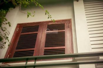 Cho thuê nhà phân lô Thành Công, Láng Hạ 70m2 x 3,5 tầng, nhà đủ nội thất, giá 15tr/tháng