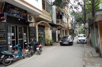 Bán nhà PL KD sầm uất phố Mai Dịch 55m2, 5T, MT 4m đường trước nhà 6m, ô tô 7 chỗ ra vào nhà 7,2 tỷ