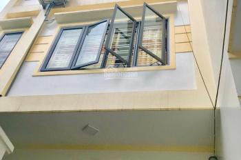 Bán nhà xây mới Thiên Lôi, Chợ Đôn ô tô đỗ cổng 48m2 x 4 tầng