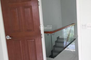 Cho thuê nhà Phú Hòa gần Becamex làm văn phòng hoặc ở, 1 lầu, 2 phòng ngủ, giá 11 tr/tháng