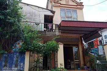 Cần bán gấp nhà, gia đình chuyển xuống Hà Nội ở với con