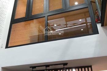 Nhà MT đường 85, P. Tân Quy, Quận 7, 4,2x22m, 2 lầu, sân thượng