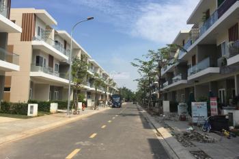Nhà phố Rio Vista, 2 lầu, hướng ĐN, gần hồ bơi