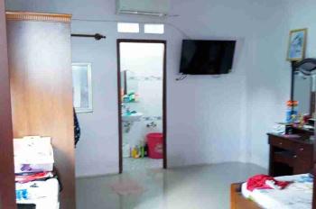 Cho thuê gấp nhà nguyên căn 5 PN, 6WC, có ban công sân thượng, đường Bình Trị Đông, Bình Tân