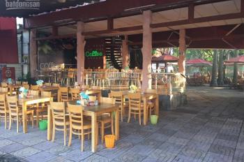 Cho thuê mặt bằng kinh doanh bán cơm trưa MT đường Trần Văn Giàu, MT 15m, đầy đủ bàn ghế cao cấp