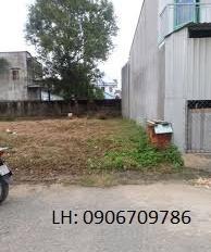 Miếng đất 2 mặt tiền vị trí đẹp đường Nam Hòa, Phước Long A, Quận 9, sổ riêng