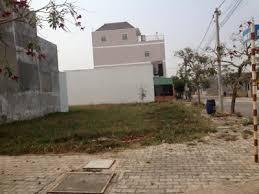 Cần bán gấp lô đất MT đường Hồ Bá Phấn, Q9 - 640tr/nền - sổ riêng - XDTD, LH 0902362308