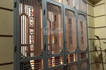 Bán nhà đẹp và hợp lý ngõ Trần Đăng Ninh 40m2, 5 tầng MT 4.1m, giá 4.5 tỷ