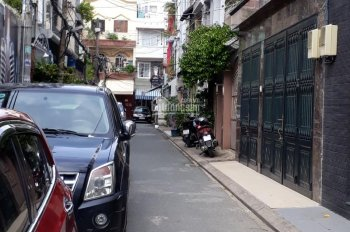 Bán nhà hẻm 3.8m đường Hòa Hảo gần Nguyễn Tri phương, Q10, DT 5.5x14m, giá 8 tỷ 0916447278 Âu