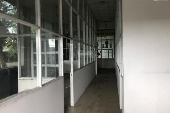 Nhà xưởng mặt tiền đường Nguyễn Hữu Trí, Ấp 3, xã Tân Bửu, Bến Lức. Diện tích 10000m2, xưởng 6000m2