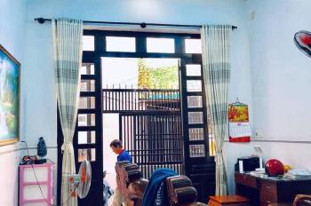 Bán nhà lầu 3,7x12m gần Trường THPT Trường Chinh, Nguyễn Văn Quá, Đông Hưng Thuận, Q12, giá 1tỷ340