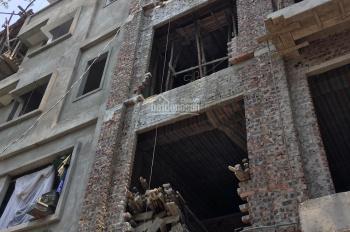 Chính chủ cần bán nhà ngõ 77 xuân la. dt 30m, xây 5 tầng. giá 2.9 tỷ