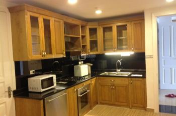 Cho thuê căn hộ CC D2 Giảng Võ, Ba Đình, 115m2, 3PN, nội thất cơ bản, 15 tr/th. LH 0981 545 136
