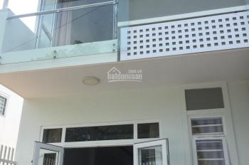 Cho thuê nhà 1 trệt 1 lầu, Phú Hòa, 80m2, 2 phòng ngủ, giá 12tr/tháng. LH 0911.645.579