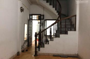 Cho thuê nhà 3 tầng đầu ngõ phố Nguyễn Trãi, Hà Đông, gần toà án quận, giá 7,5 triệu/th