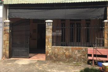 Cho Thuê Nhà Phú Hòa, 3 Phòng Ngủ, 2WC, Diện tích 120m2, Giá 7tr/tháng.LH 0911.645.579