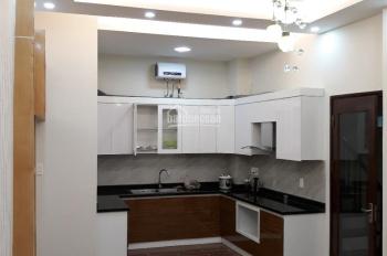 Chính chủ cần bán nhà trong phố Thái Thịnh, Đống Đa, 54m2x5T thang máy. Ô tô vào nhà, giá 6.3 tỷ