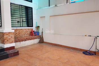 Cho thuê trệt hoặc lửng hoặc cả 2, nhà BTH 7x18m HXH Nguyễn Công Hoan, P7, Phú Nhuận 20tr TL