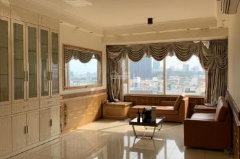 Bán căn Saigon Pearl 3 phòng ngủ (141m2) có ban công, thoáng mát giá cực tốt 5.8 tỷ - LH 0933240410