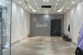 Cửa hàng siêu hot mặt phố Bà Triệu cho thuê, DT: 60m2, MT: 4,6m, giá thuê: 48tr/tháng