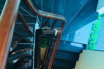 Mua chung cư cao cấp cần bán gấp nhà Bồ Đề, Long Biên lô góc KD gara ô tô 45m2 5 tầng, giá 4.15 tỷ