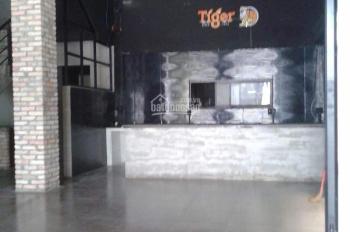 Cho thuê nhà MT 22B Nguyễn Thị Diệu, ngay góc Bà Huyện Thanh Quan DT 10x30m