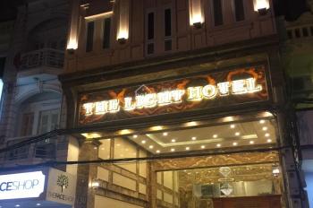 Bán nhà mặt phố Bà Triệu, Hoàn Kiếm, Hà Nội, diện tích 150m2, xây 10 tầng, vị trí đẹp, đắc địa