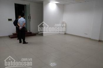 Cho thuê nhà riêng phân lô Hồng Hà, Tân Ấp 90m2 x 3 tầng, ô tô đỗ cửa thoải mái