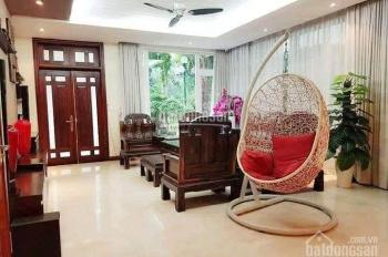 Cho thuê biệt thự full đồ cao cấp, hiện đại tại KĐT Việt Hưng, Long Biên, S: 210m2. Giá: 26tr/th
