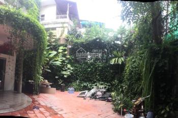 Cho thuê biệt thự sân vườn HXH Trần Hưng Đạo, Quận 1, DT 12x20m 3 lầu, 8 phòng, giá thuê 75tr/th