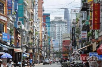 Bán nhà mặt tiền đường Phan Chu Trinh, Quận Bình Thạnh