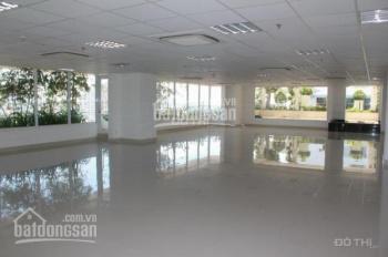 Cho thuê mặt sàn thương mại tầng 1 chung cư cao cấp Láng Hạ, 188m2, ô góc, tiện KD giá 180tr/th