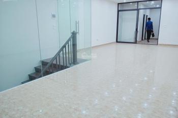 Chính chủ đăng tin, cho thuê mặt bằng kinh doanh sang trọng tại Bà Triệu 65m2, mặt tiền 5m