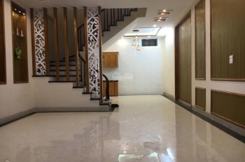 Bán nhà ngõ 102 Kim Ngưu - Trần Khát Chân, DT 40m2 x 5 tầng, giá 3,73 tỷ