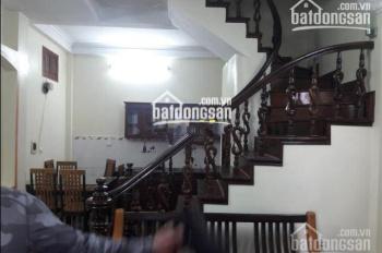 Cho thuê nhà riêng phố Tuệ Tĩnh, Nguyễn Đình Chiểu, 40m2, 5 tầng, nhà đẹp, gần đường, giá 14 tr/th