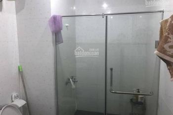 Cần cho người nước ngoài thuê nhà mặt ngõ 276 Nghi Tàm, Tây Hồ, HN, 65m2 x 4 tầng, 4PN. Giá 15tr/th