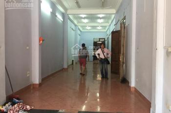 Cho thuê nhà mặt phố Lò Đúc, Cảm Hội, DT 120m2 x 4T + 1 tum, giá 55 tr/th